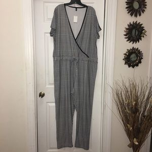 Pants - Houndstooth jumpsuit with side stripe